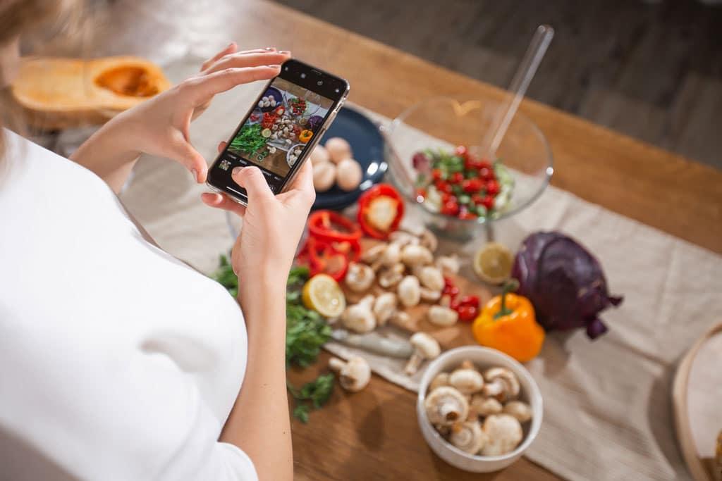 coaching-nutricional-personalizado-visita-seguimiento-la-era-de-nuria-foto-movil-verduras