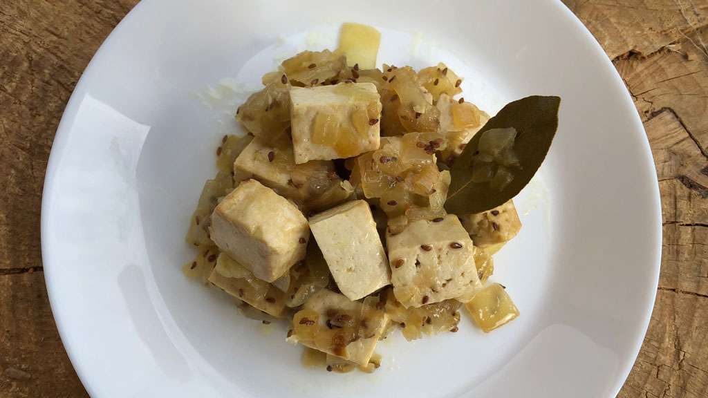 la-era-de-nuria-tofu-encebollado-1